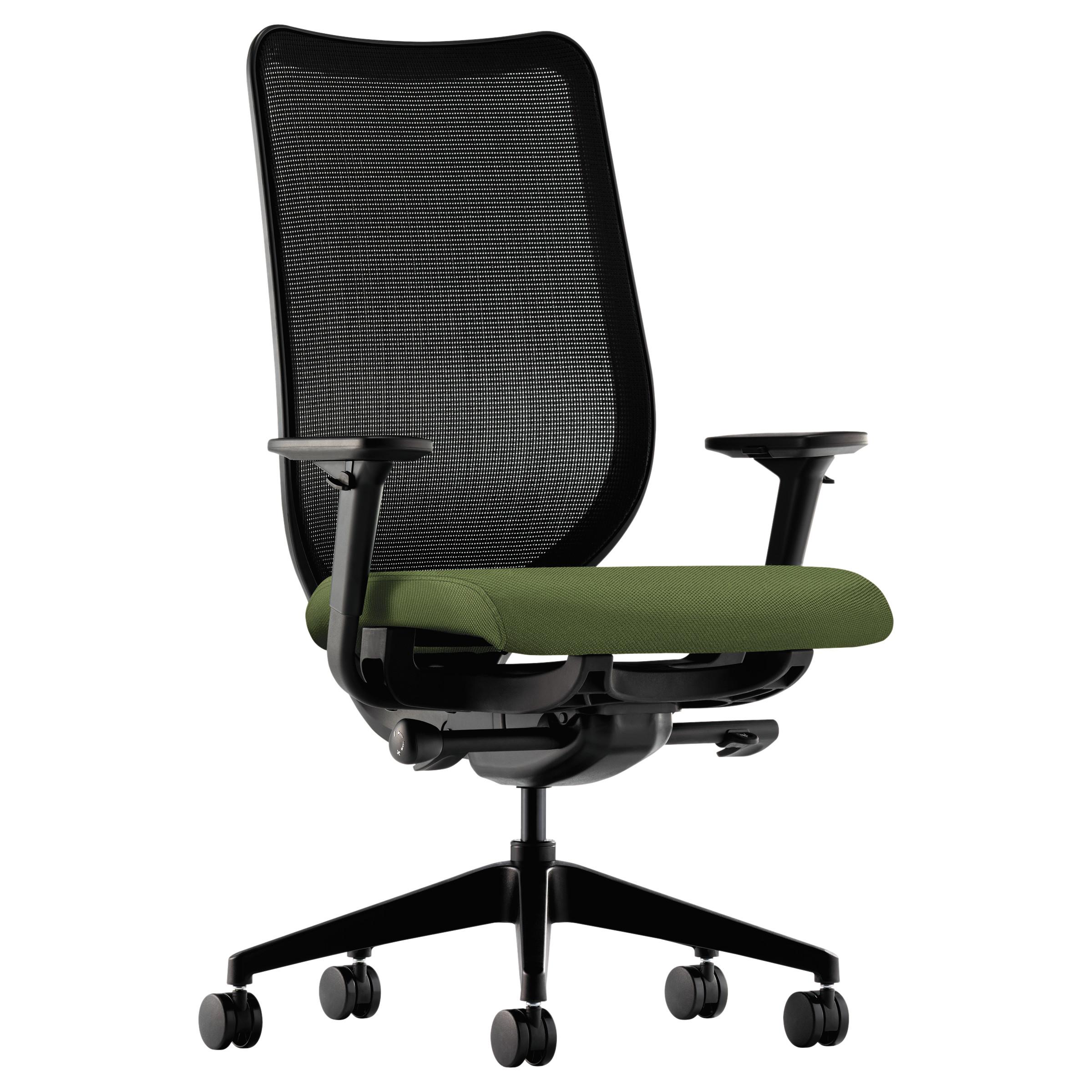 HON Nucleus Series Work Chair, Black ilira-stretch M4 Bac...