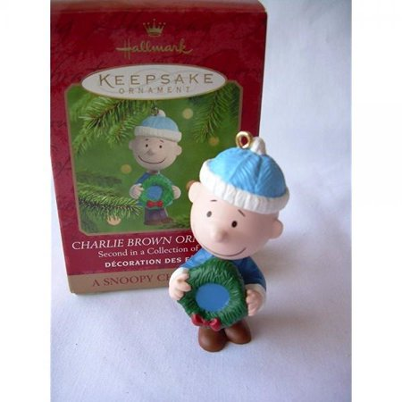 QRP4191 Charlie Brown A Snoopy Christmas 2000 Hallmark Ornament
