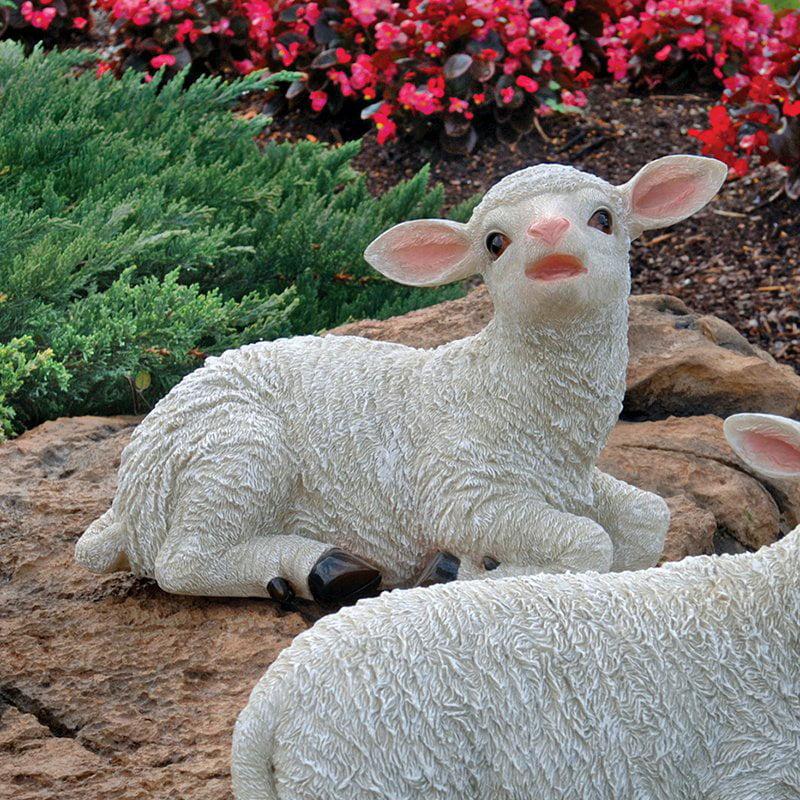 Design Toscano Yorkshire Sitting Lamb Statue