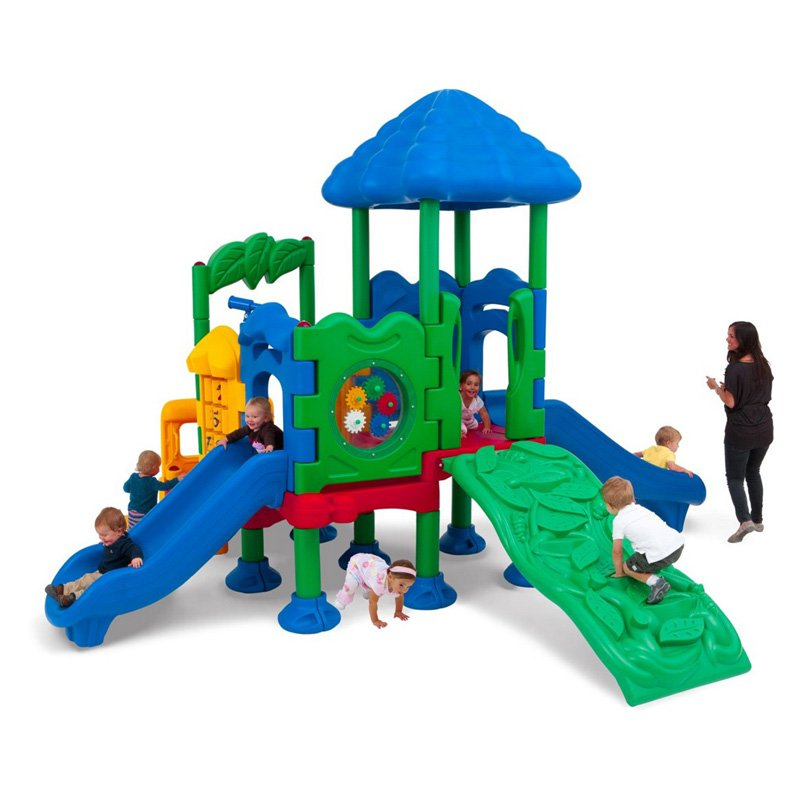 Ultra Play Discovery Center 4 with Roof and Optional Moun...