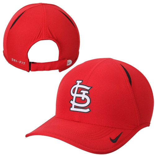 St. Louis Cardinals Nike Featherlight 2.0 Performance Slouch Adjustable Hat - Red - OSFA