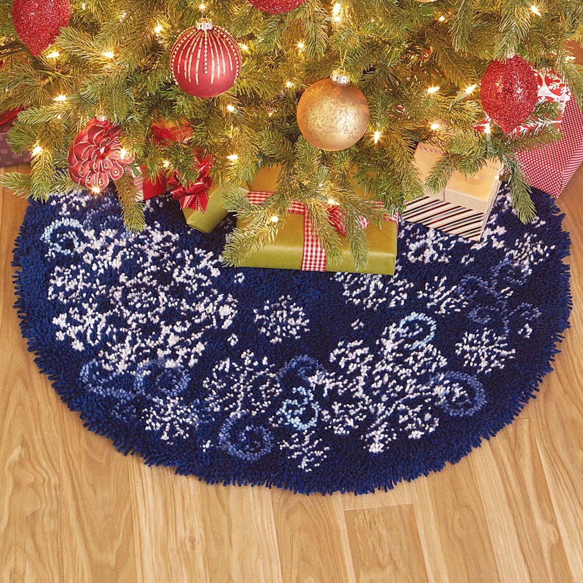 Herrschners® Snowflakes and Swirls Tree Skirt Latch Hook Kit