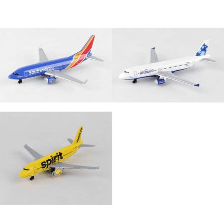 Southwest  Jetblue  Spirit Airlines Diecast Airplane Package   Three 5 5  Diecast Model Planes