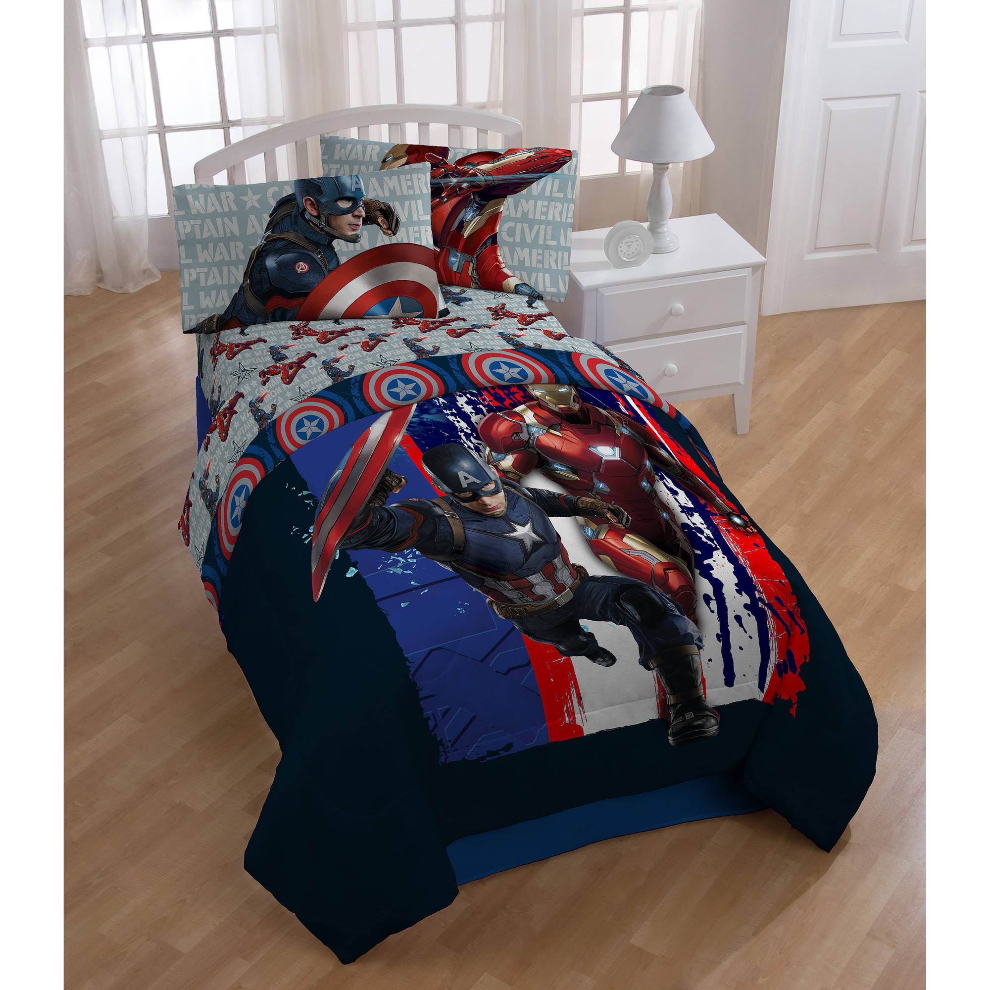 "Marvel Civil War ""Lightning"" Twin Comforter"