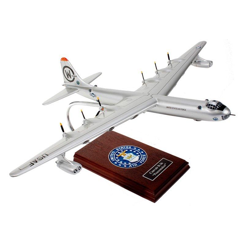 Daron Worldwide B-36J Peacemaker 1/125 Scale Model Airplane