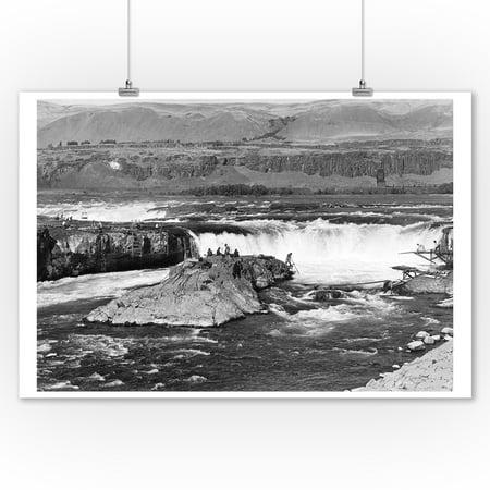 Celilo Falls, Oregon Columbia Gorge Indians Fishing Photograph #2 (9x12 Art Print, Wall Decor Travel Poster) (Indian Wood Photograph)