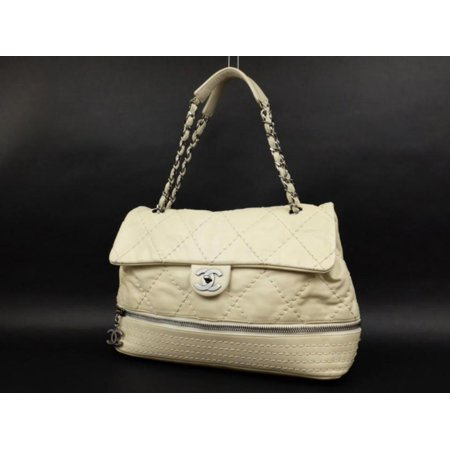 Chanel Quilted Weekender Convertible Flap 222978