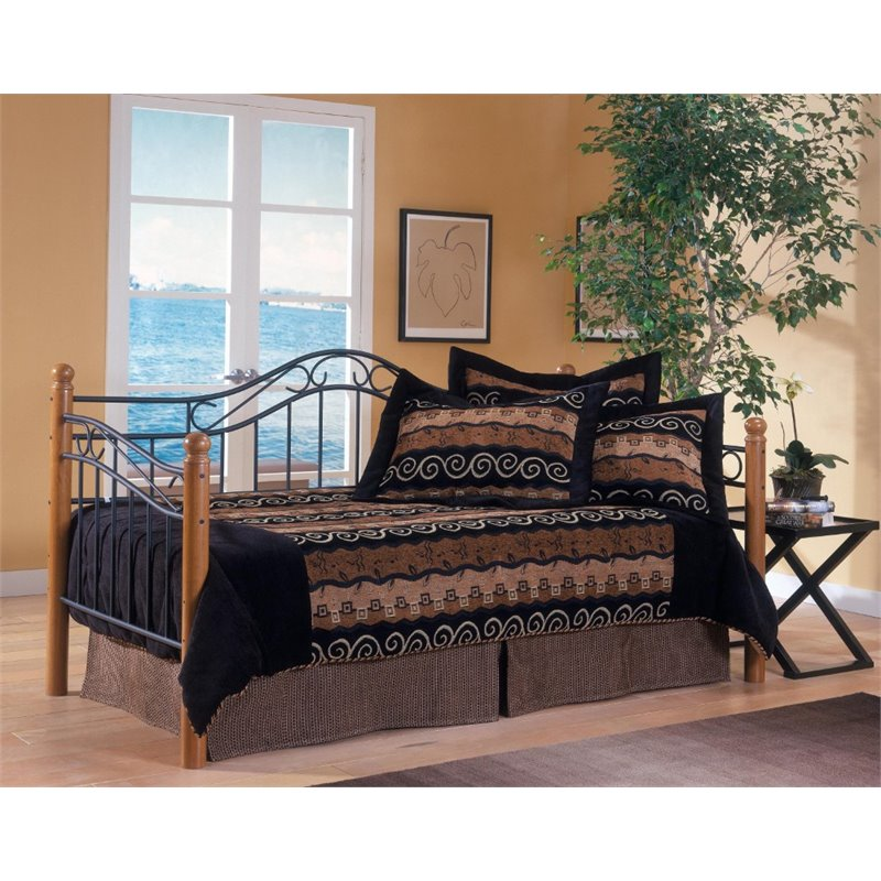 Hillsdale Winsloh Day Bed in Medium Oak by Hillsdale