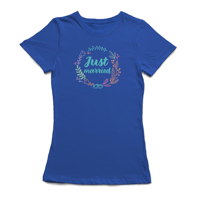 Just Married Colorful Flowers Wreath Women's Royal Blue T-shirt - image 1 de 1