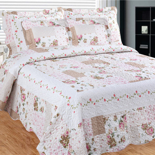 Bay colony quilts by Patch Magic Camellia Main Queen Quilt with two pillow shams  set
