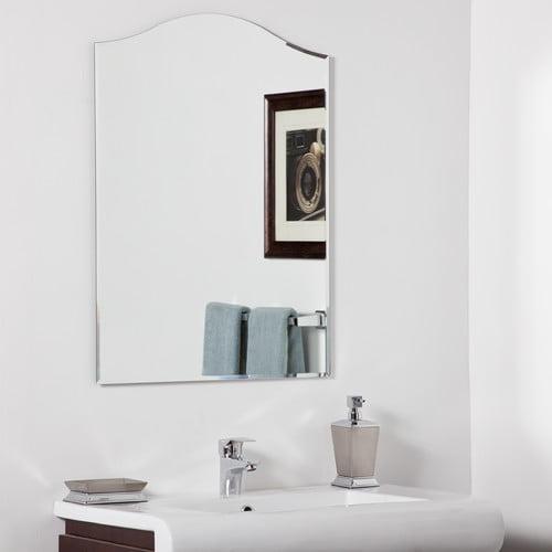 Decor Wonderland Amelia Modern Wall Mirror