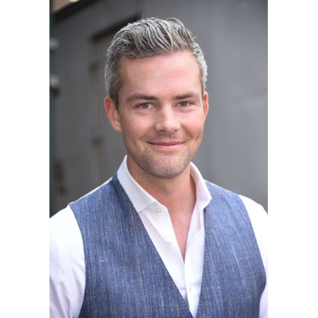 Ryan Serhunt Out Promoting Million Dollar Listing Out And About For Celebrity Candids - Thu  New York Ny August 3 2017 Photo By Derek StormEverett Collection (Million Dollar Listing New York Luis Ortiz)