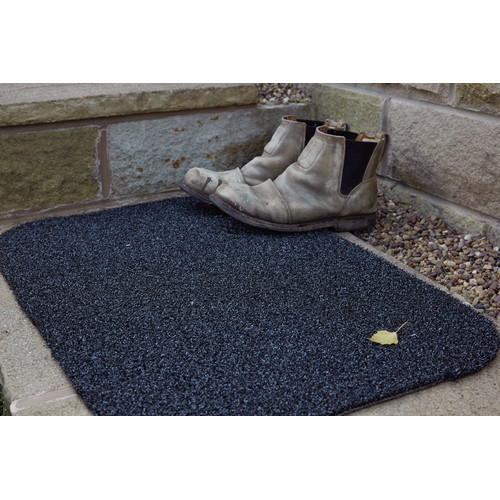 """Muddle 31.5"""" x 23.5"""" OutDoormat Charcoal by Overstock"""