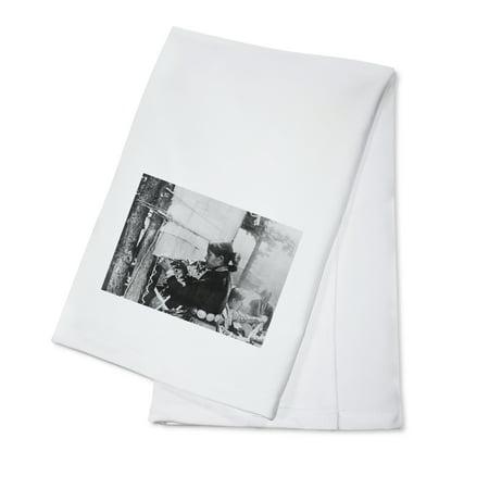 Navajo Woman Weaving a Blanket Photograph (100% Cotton Kitchen Towel)