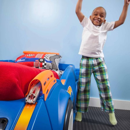 Step2 Hot Wheels Convertible Toddler-to-Twin Bed, Blue