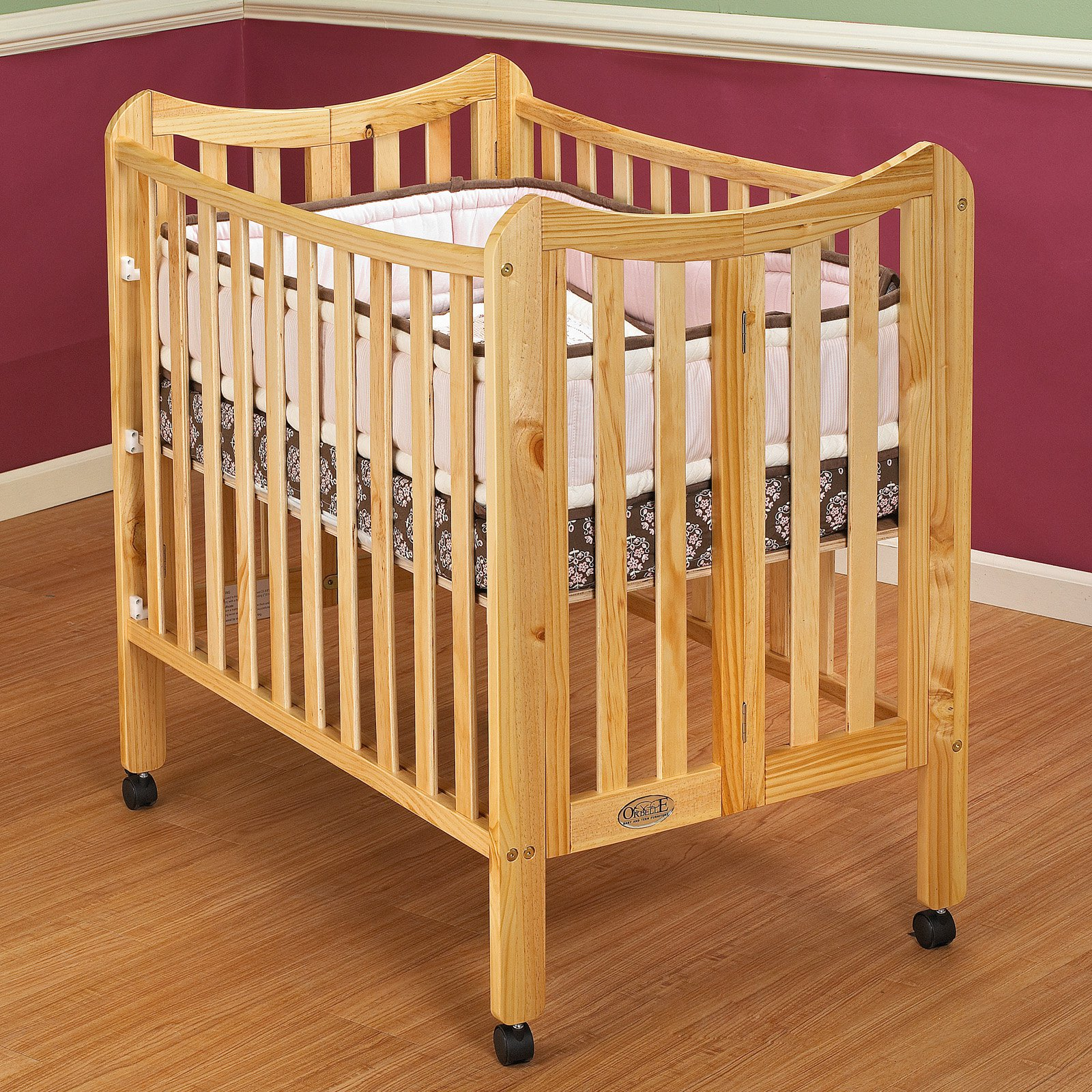 Orbelle Tian Two Level Mini Portable Crib - Natural