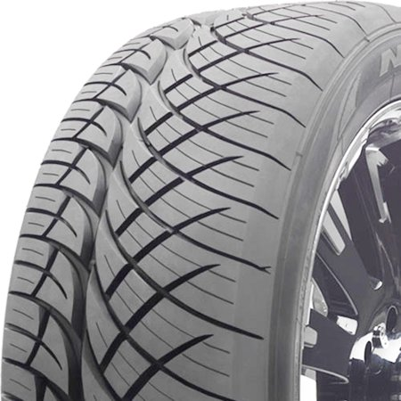 Nitto NT420S 285/40R22 110 V Tire (22 Nitto Tires)