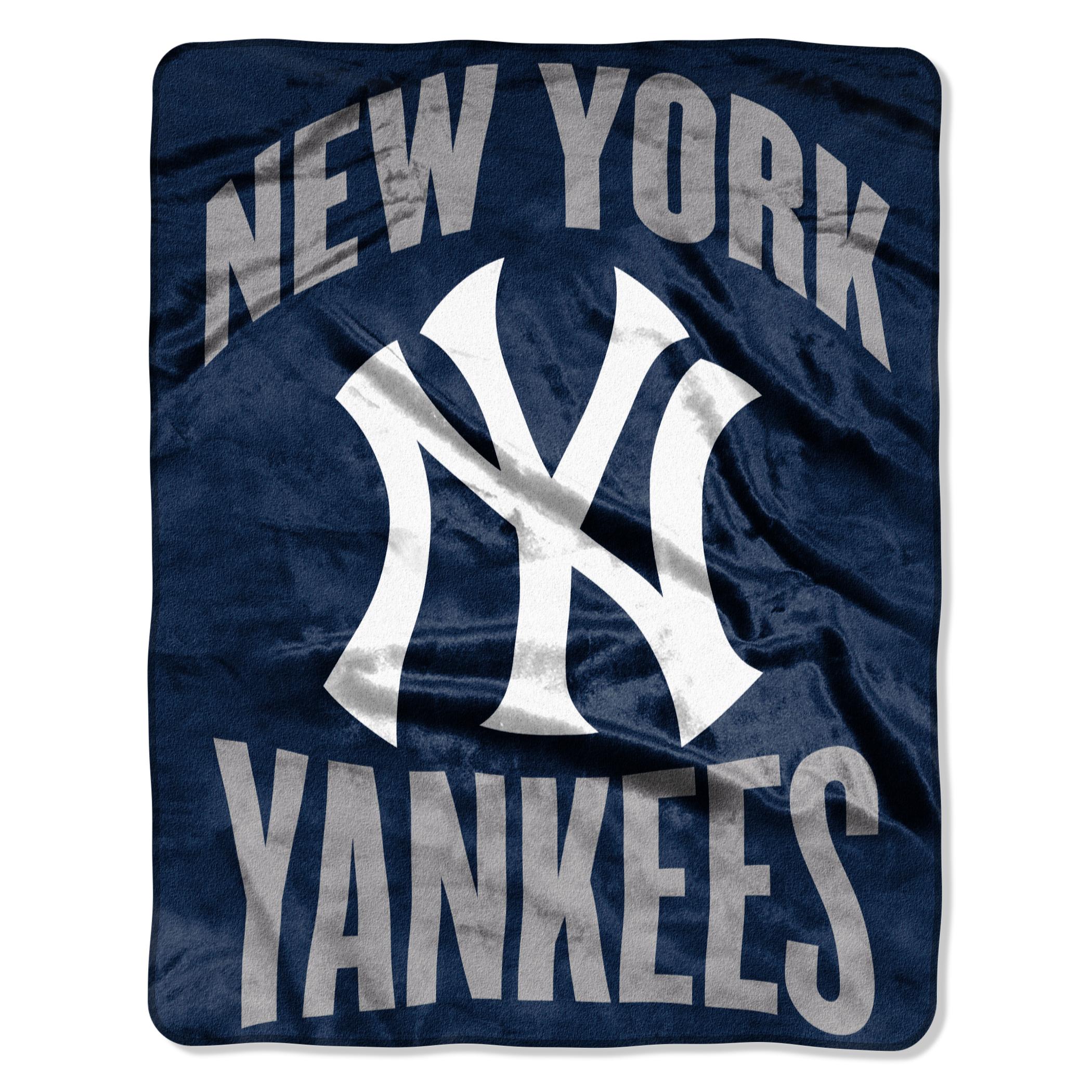 "Yankees ""Apple"" - Silk Touch Throw Blanket, 55"" x 70"""