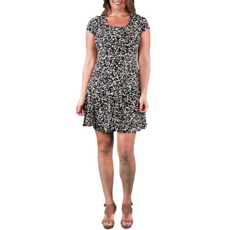16be402bbce 24 7 Comfort Apparel - Women s Plus Size Cream and Black Spot ...