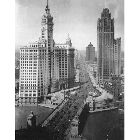 Chicago Skyscrapers C1925 Nskyscrapers On The Michigan Avenue Bridge At Left Is The Wrigley Building Completed In 1924 And At Right Is The Chicago Tribune Tower Completed In 1925 Rolled Canvas Art
