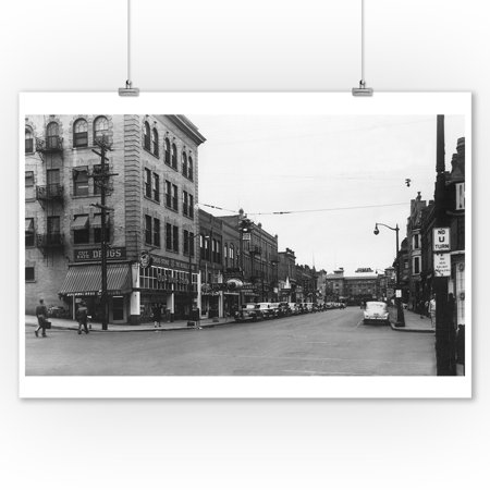 Lewiston  Idaho   City Street Scene  Lewis Clark Hotel In Distance  9X12 Art Print  Wall Decor Travel Poster