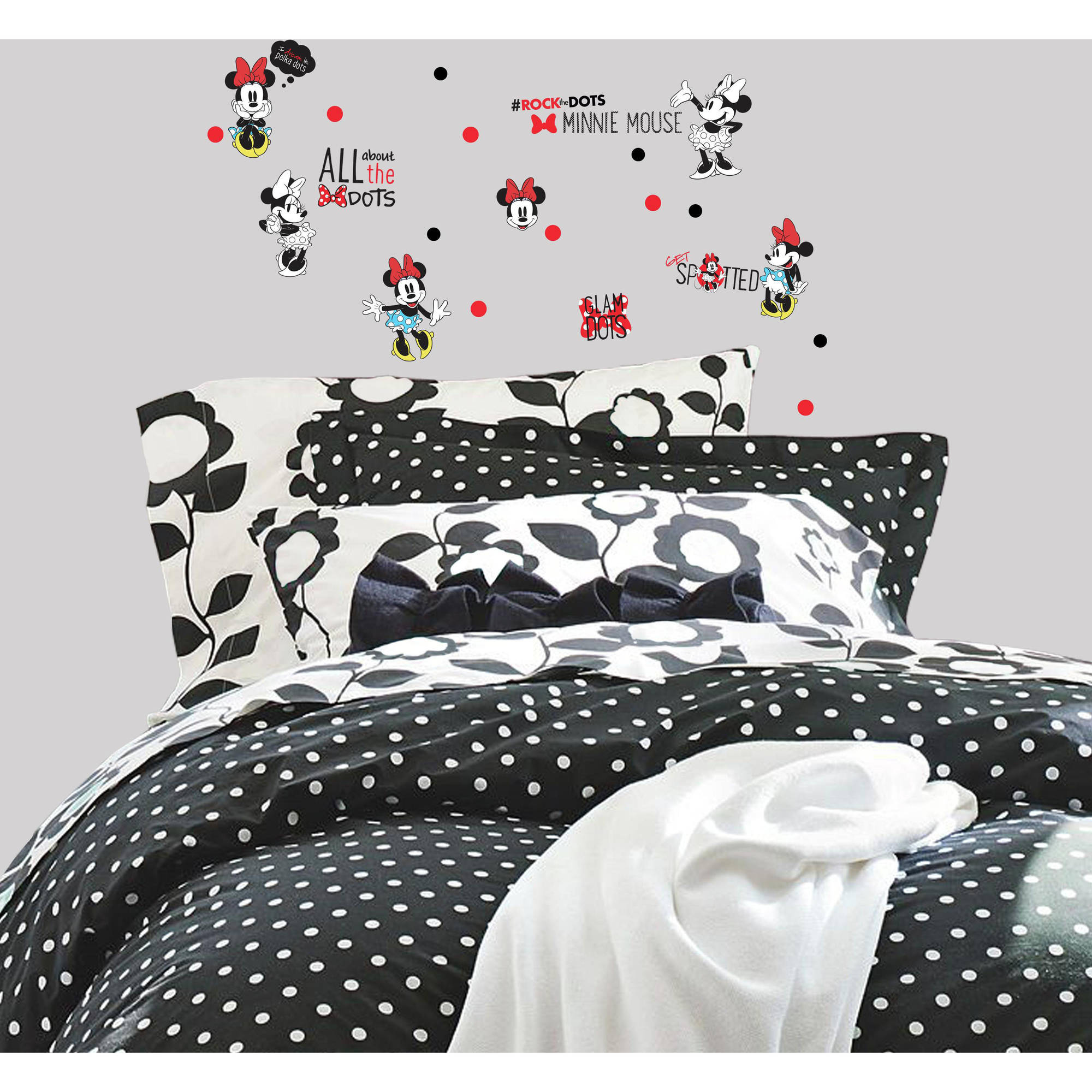 Roommates Minnie Rocks The Dots Peel and Stick Wall Decals