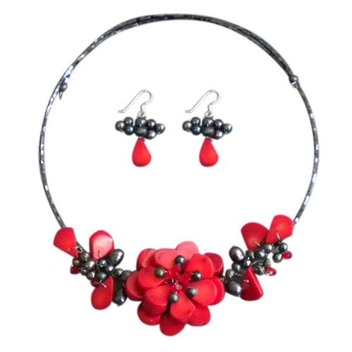 Aeravida Handmade Memory Wire Red Coral and Pearl Floral Bouquet Jewelry Set (Thailand) by Overstock