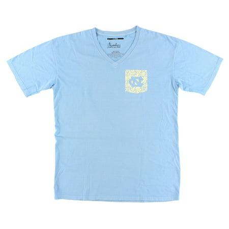 Press Box Womens North Carolina Tar Heels College Lace Logo V Neck T Shirt Light Blue