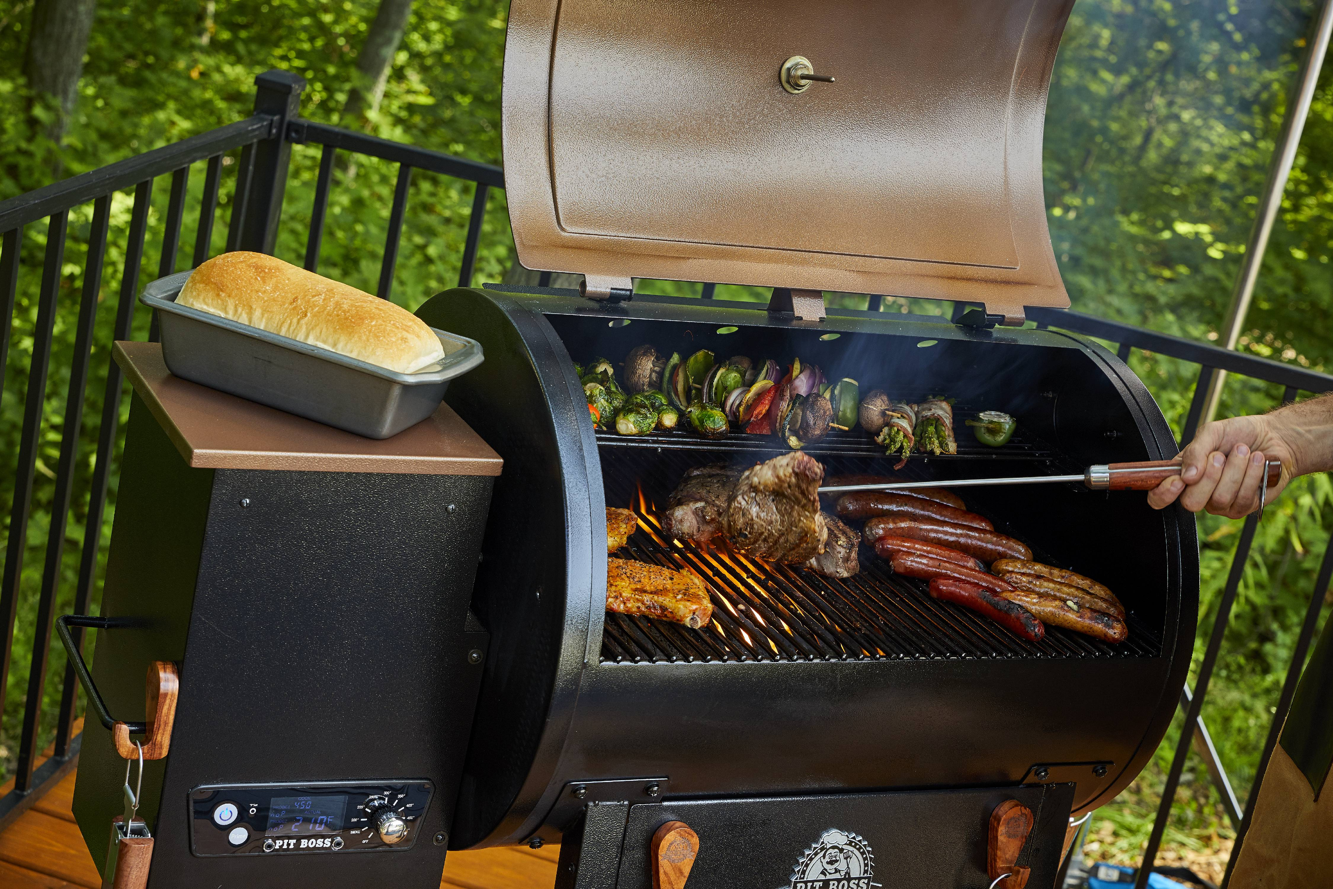 Wood Fired Pellet Grill Smoker Flame Broiler 700 sq in ...