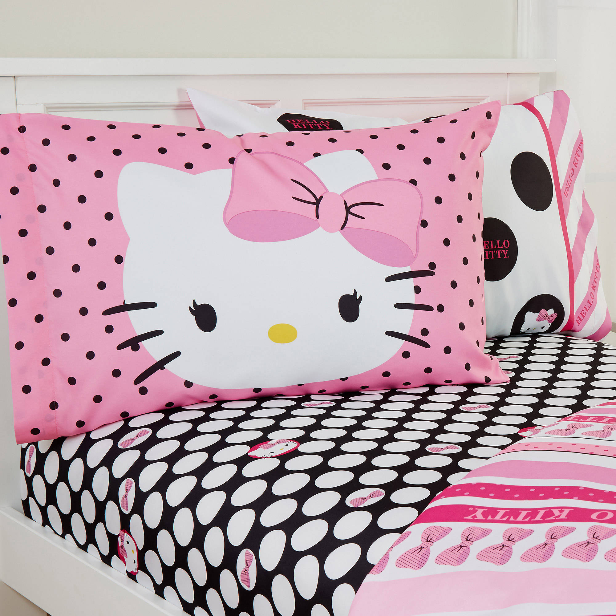 Pink hello kitty bedsheet - Pink Hello Kitty Bedsheet 33