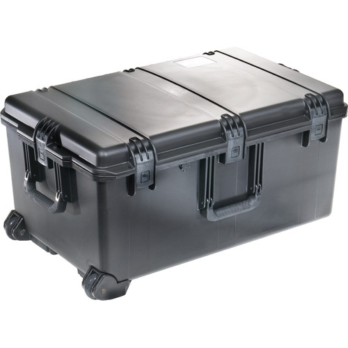 Pelican Storm Shipping Case without Foam: 20.4'' x 31.3'' x 15.5''