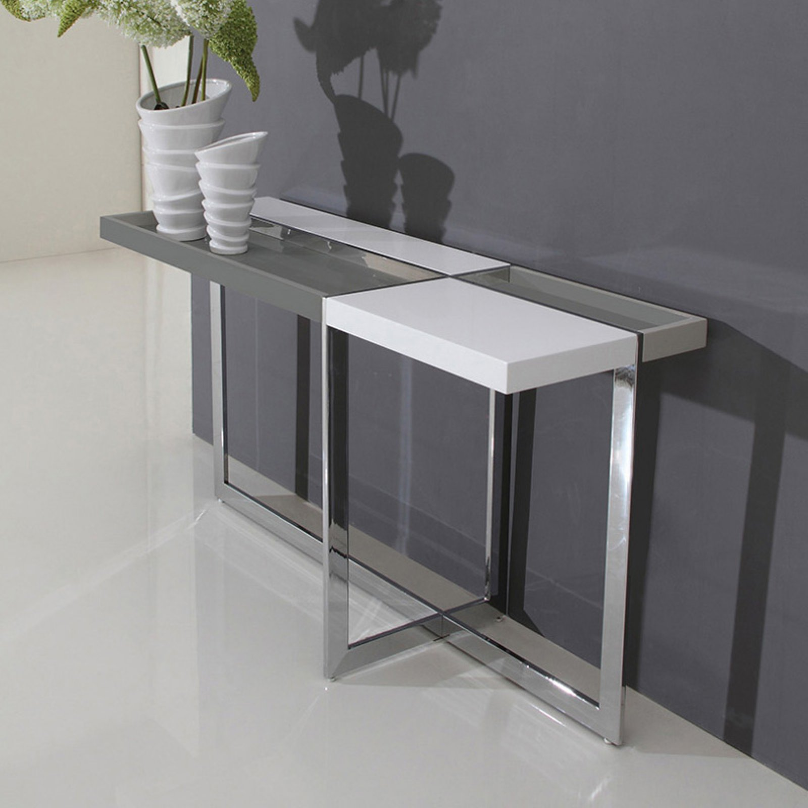 Merveilleux Talenti Casa Domino Collection High Gloss White Lacquer Console Table