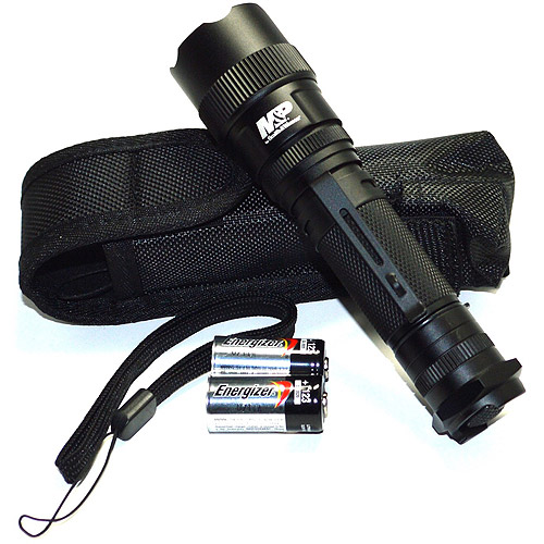 Smith and Wesson M&P 12 Tactical LED Flashlight by Smith & Wesson