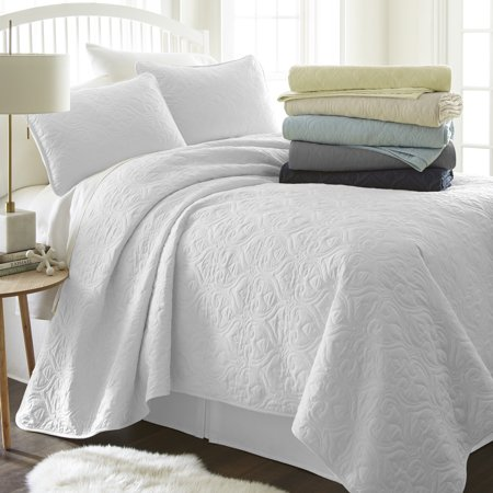 Small Quilt Pattern (Noble Linens Premium Ultra Soft Damask Pattern Quilted Queen Coverlet Set)