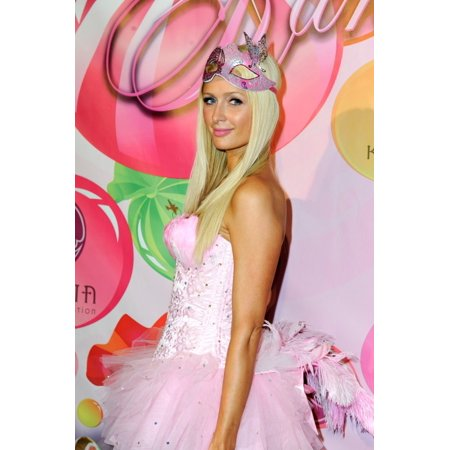 Paris Hilton At Arrivals For 6Th Annual Kandyland Party The Playboy Mansion Los Angeles Ca June 25 2011 Photo By Sara CozolinoEverett Collection Celebrity