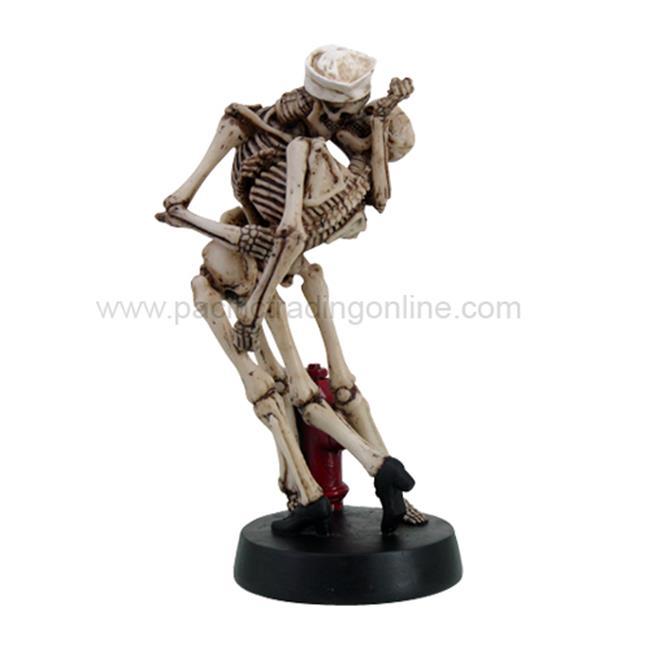 PG Trading 9431 10 inch Skeletons Kissing Skull