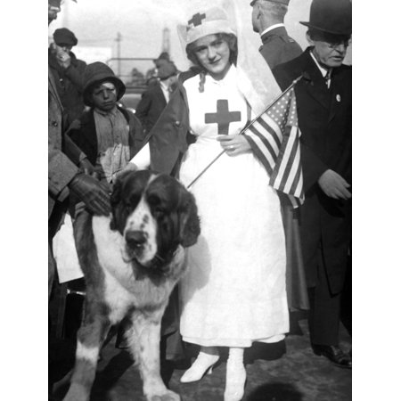 Mary Pickford Leading The Parade In San Francisco For The American Red Cross Still - Parade Halloween San Francisco