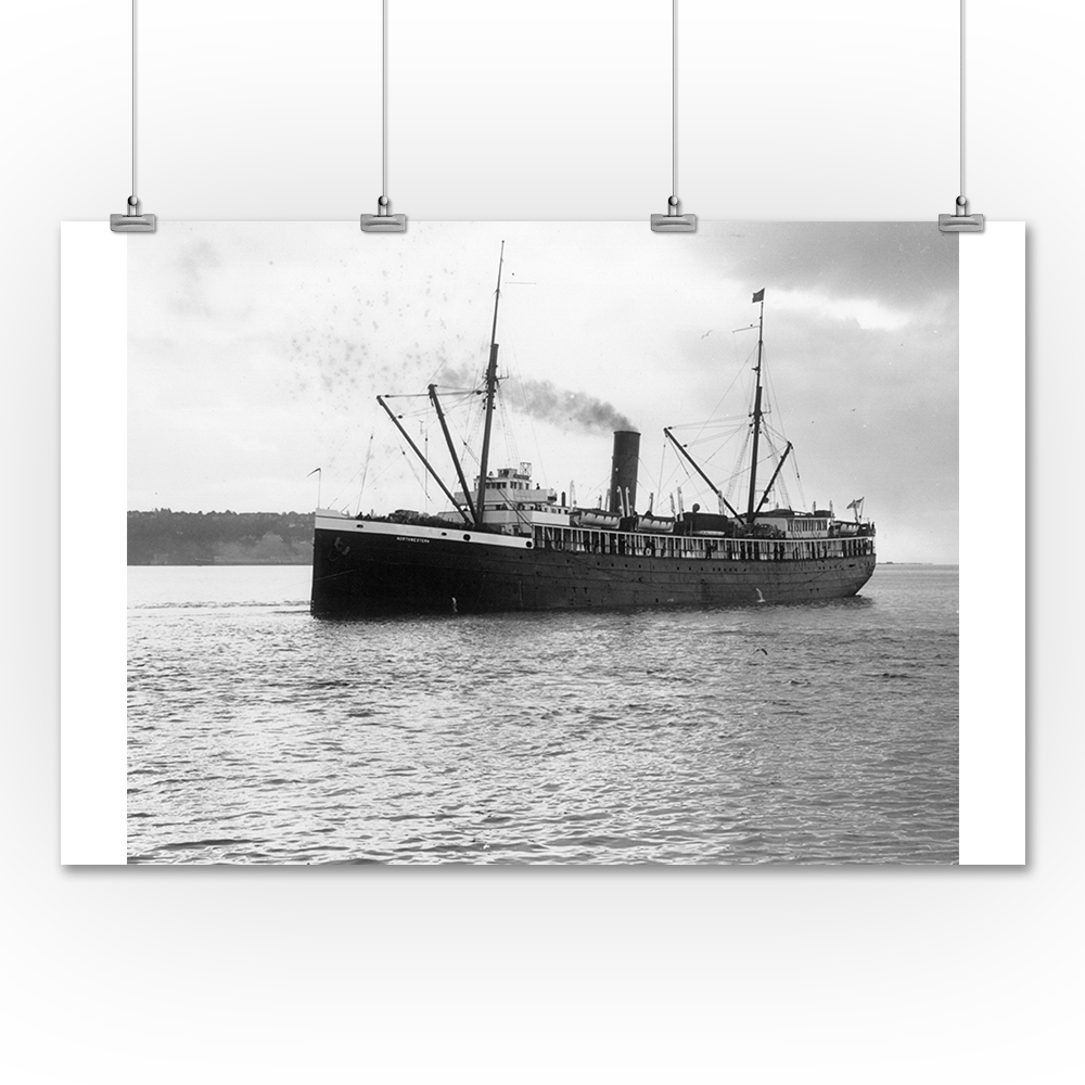 Lantern Press Steamer Yukon in Dock (36x54 Giclee Gallery...