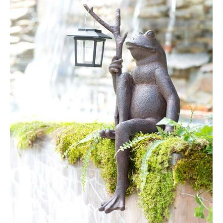 Sitting Frog Garden Statue W  Solar Lantern