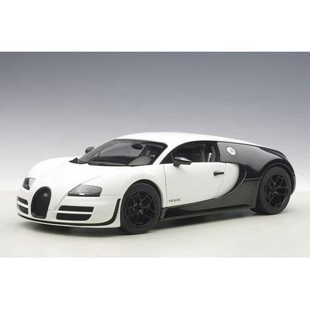 Bugatti Veyron Super Sport Pur Blanc Edition 1/18 Diecast Model Car by (Pur Car)