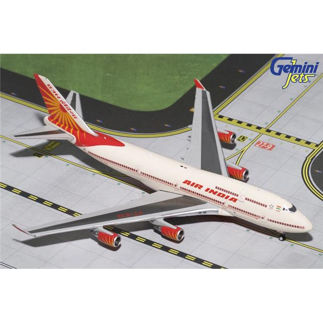 Gemini Jets 1-400 GJ1638 Air India Boeing 747-400 1-400 Model Airplane by Gemini Jets 1-400