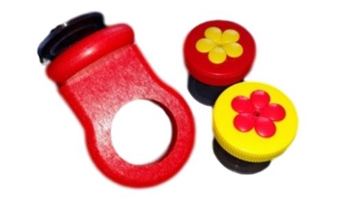 Triple Window Nectar DOTS Yellow and Red Hummingbird Feeder