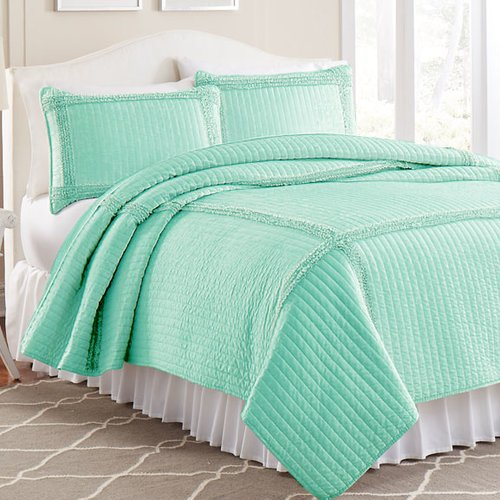 Amrapur Overseas Inc. 3 Piece Solid Frame Square Quilt Set