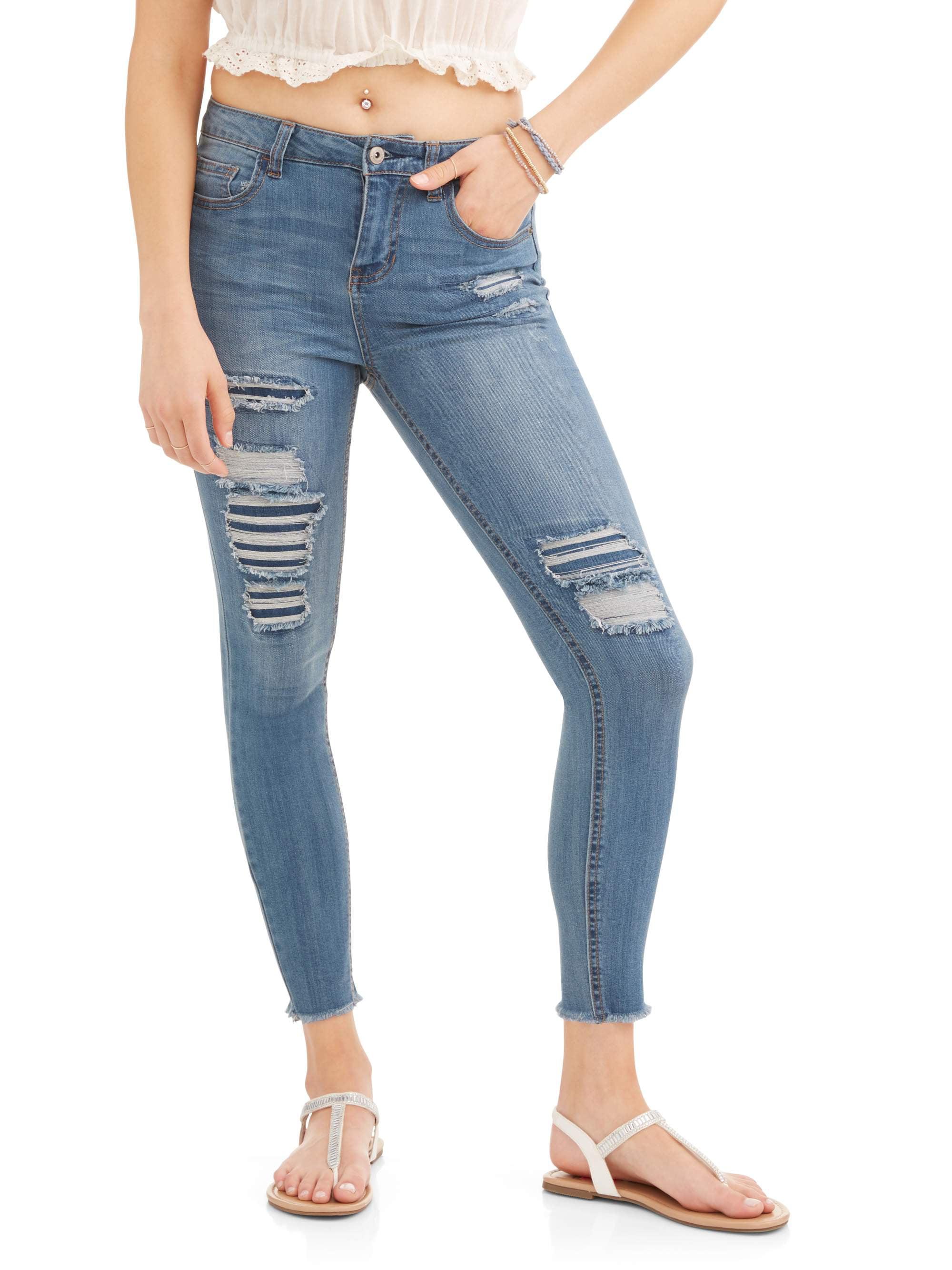 Juniors' Destructed Skinny Jeans w/ Frayed Hem