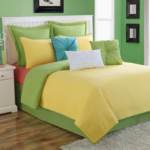 Dash Sunflower/Lemongrass Solid Color Reversible Quilt Set by Fiesta Full/Queen