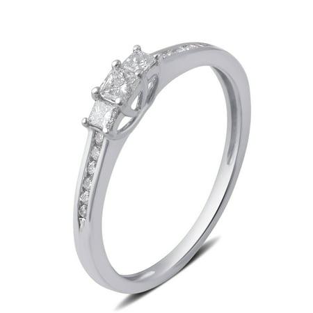 1/4 Carat T.W. 3 stone Princess Diamond 10K White Gold Engagement Ring ()