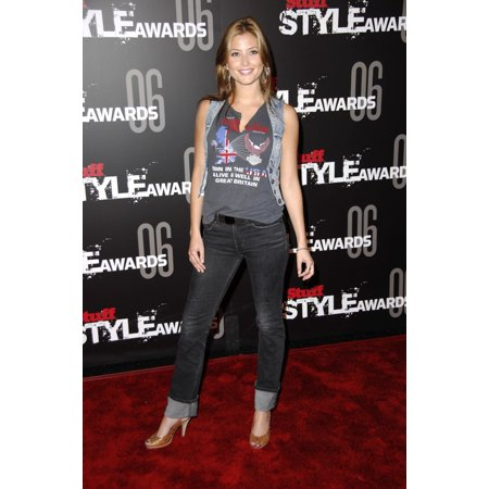 Top Acrylic Award (Holly Valance At Arrivals For The Stuff Magazine Stuff Style Awards Rooftop Of Arclight Parking Structure Los Angeles Ca September 27 2006 Photo By Michael GermanaEverett Collection Celebrity)
