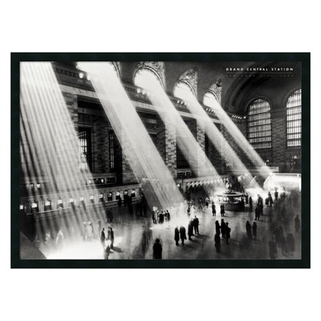 Grand Central Station, New York, 1934 Framed Wall Art by Hulton - 37.41W x 25.41H -