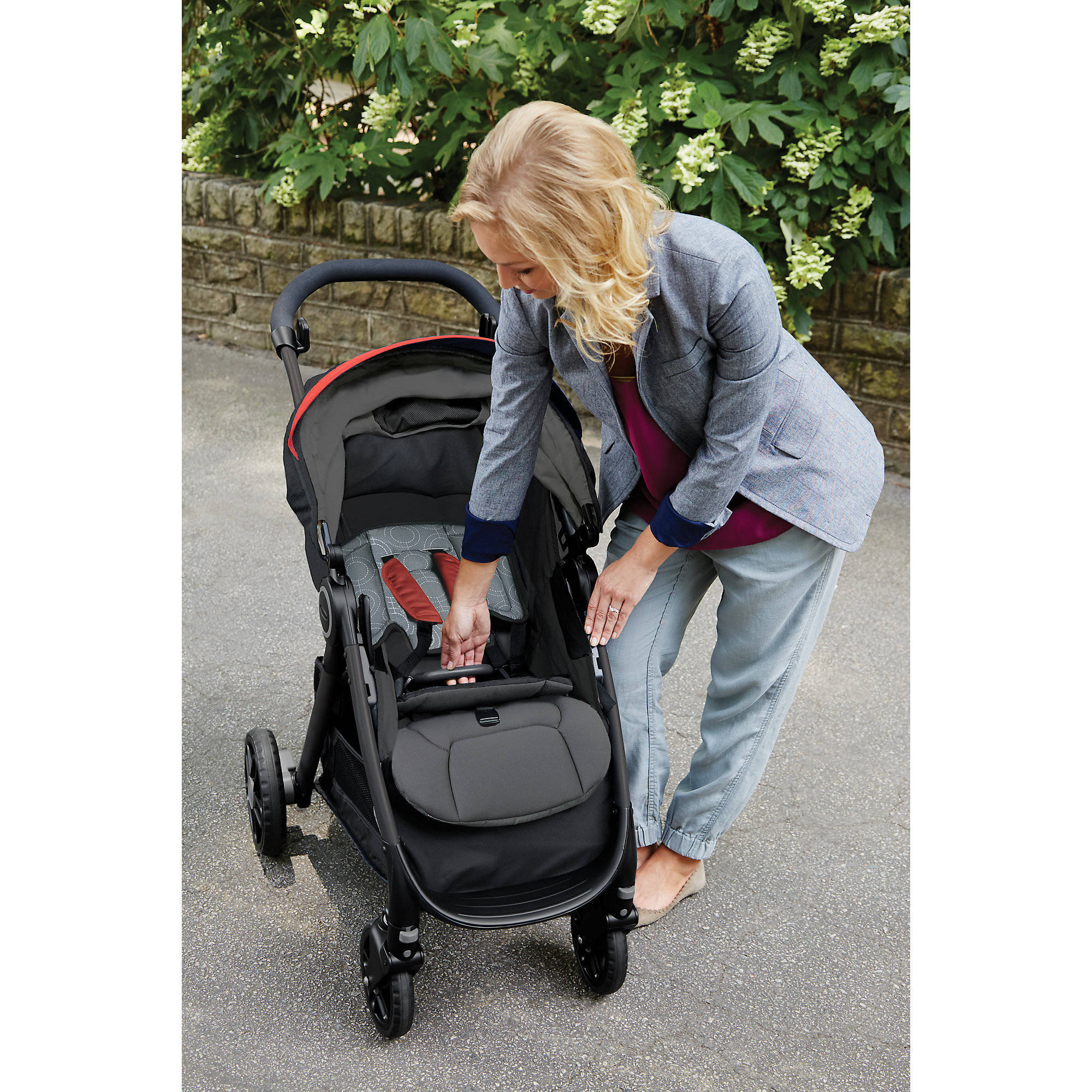 Graco FastAction DLX Travel System Car Seat Stroller bo Solar Walmart