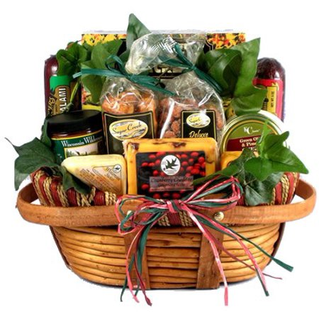 Christmas Baskets.Hometown Gourmet Christmas Gift Basket Of Wisconsin Cheeses Sausage And Nuts